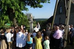 Uroczystość poświęcenia kapliczki Chrystusa Frasobliwego.