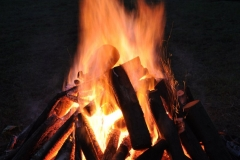 Fotorelacja z IV biesiady przy ognisku.